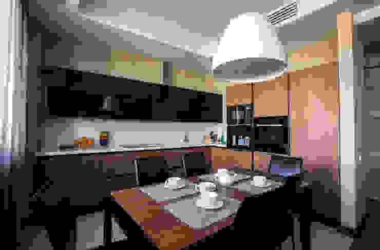 Кухня-столовая Кухня в стиле минимализм от ORT-interiors Минимализм
