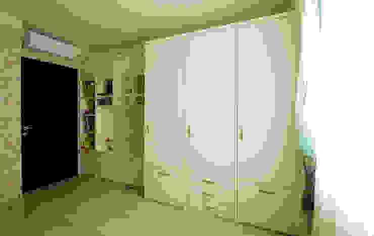 Комната для девочки Детская комнатa в стиле минимализм от ORT-interiors Минимализм