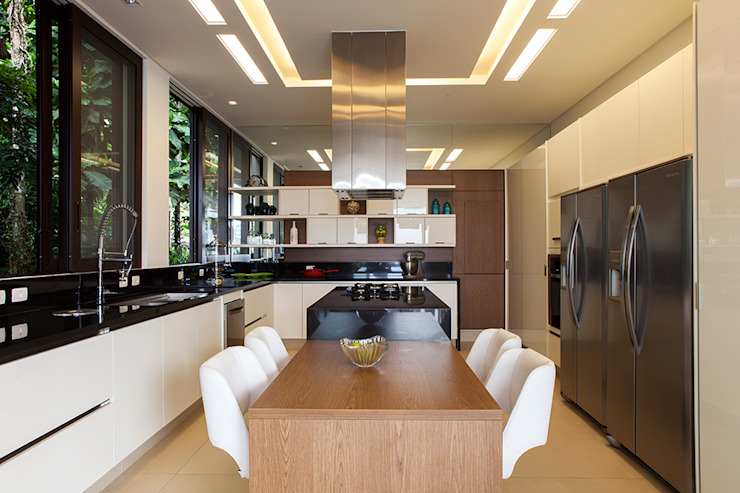 Infinity Spaces Modern style kitchen