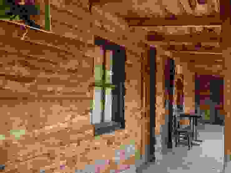 Simurg Evleri Pansiyon Casas estilo moderno: ideas, arquitectura e imágenes
