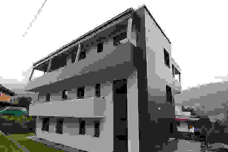 Einfamilienhaus TR Minimalistische Häuser von architekt stöckl michael zt gmbh Minimalistisch