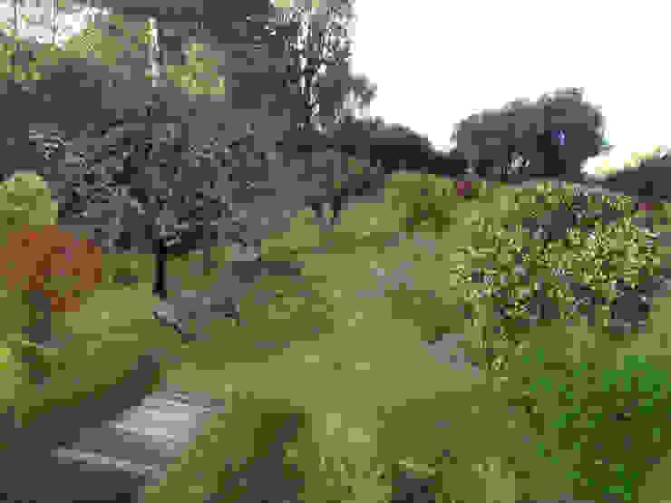 proposition d'aménagement jardin 2ème villa Jardin méditerranéen par In&Out Garden Méditerranéen