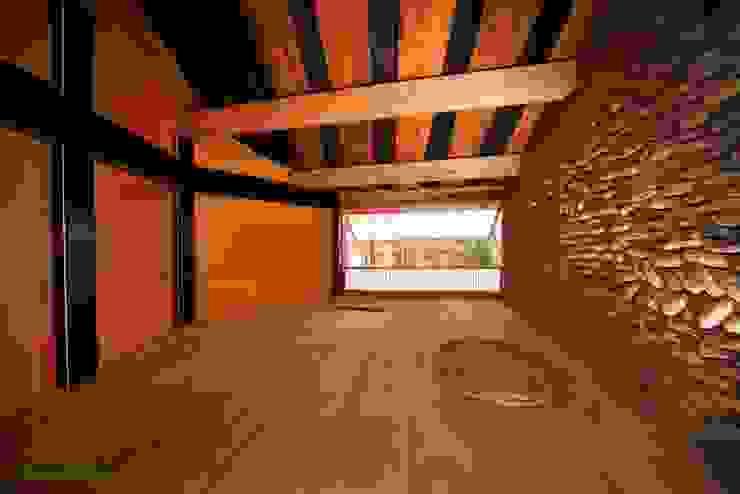 Tree house オリジナルデザインの 多目的室 の 建築設計事務所 山田屋 オリジナル