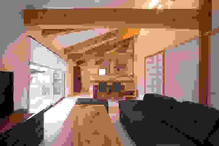 木造伝統工法のA邸 オリジナルデザインの リビング の 建築設計事務所 山田屋 オリジナル
