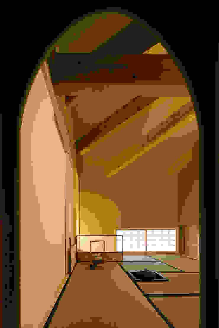 木造伝統工法のA邸 オリジナルデザインの 多目的室 の 建築設計事務所 山田屋 オリジナル