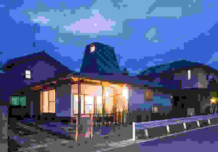 traditional wooden technique A-House 根據 建築設計事務所 山田屋 隨意取材風