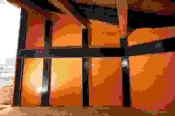 Tree house 和風スタイルの 壁&フローリングデザイン の 建築設計事務所 山田屋 和風