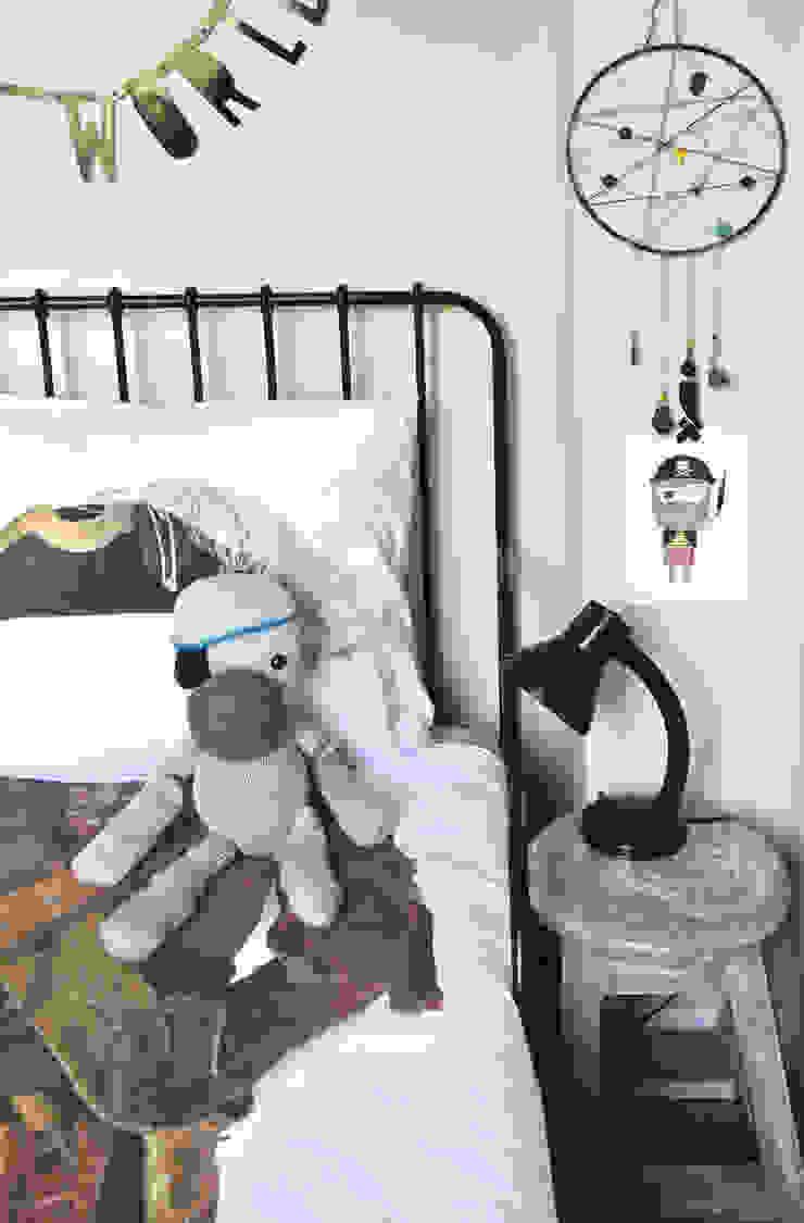 モダンデザインの 子供部屋 の Kinderkamervintage モダン