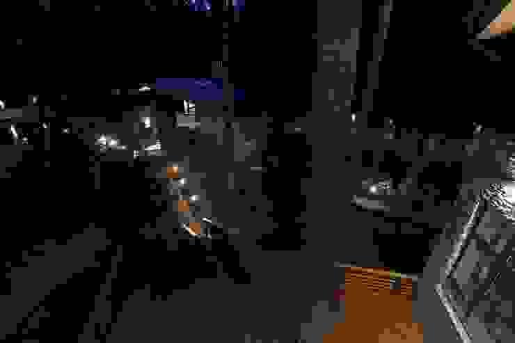 Гостевой дом в ночном освещение Дома в стиле минимализм от ORT-interiors Минимализм
