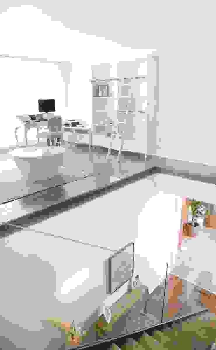 Casa Masip Estudios y despachos de estilo moderno de Ascoz Arquitectura Moderno