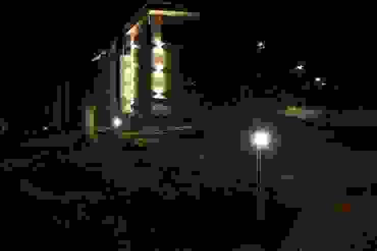 Главный дом Дома в стиле минимализм от ORT-interiors Минимализм