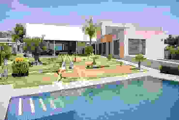 Casa Masip Casas de estilo mediterráneo de Ascoz Arquitectura Mediterráneo