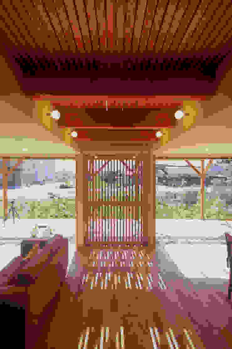 北外山の家 北欧デザインの リビング の 風建築工房 北欧