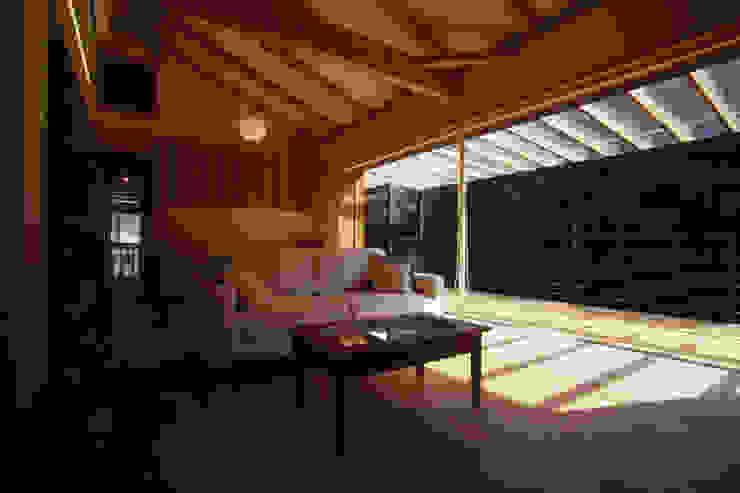 風建築工房 Salas de estar modernas