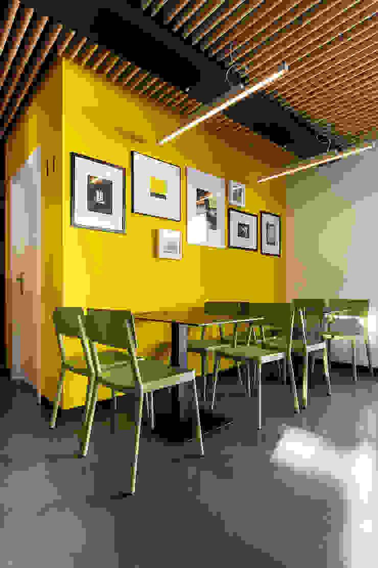 A SECA 6 Bares y clubs de estilo moderno de Obras y Reformas Poio Moderno