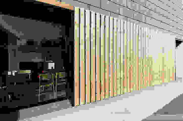 A SECA 4 Bares y clubs de estilo moderno de Obras y Reformas Poio Moderno