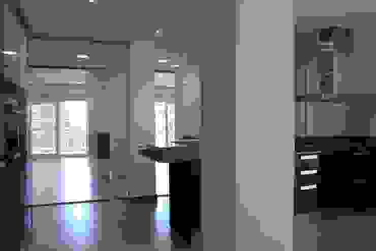 Cocina y salon Cocinas de estilo minimalista de CASTSHINE Minimalista