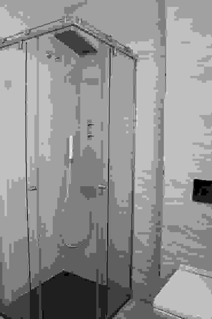 Baño invitados Baños de estilo minimalista de CASTSHINE Minimalista