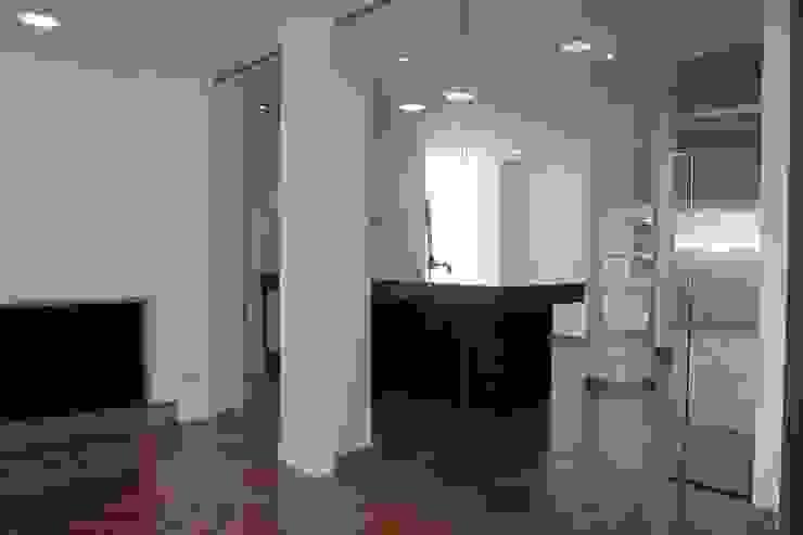 Salon y cocina Cocinas de estilo minimalista de CASTSHINE Minimalista