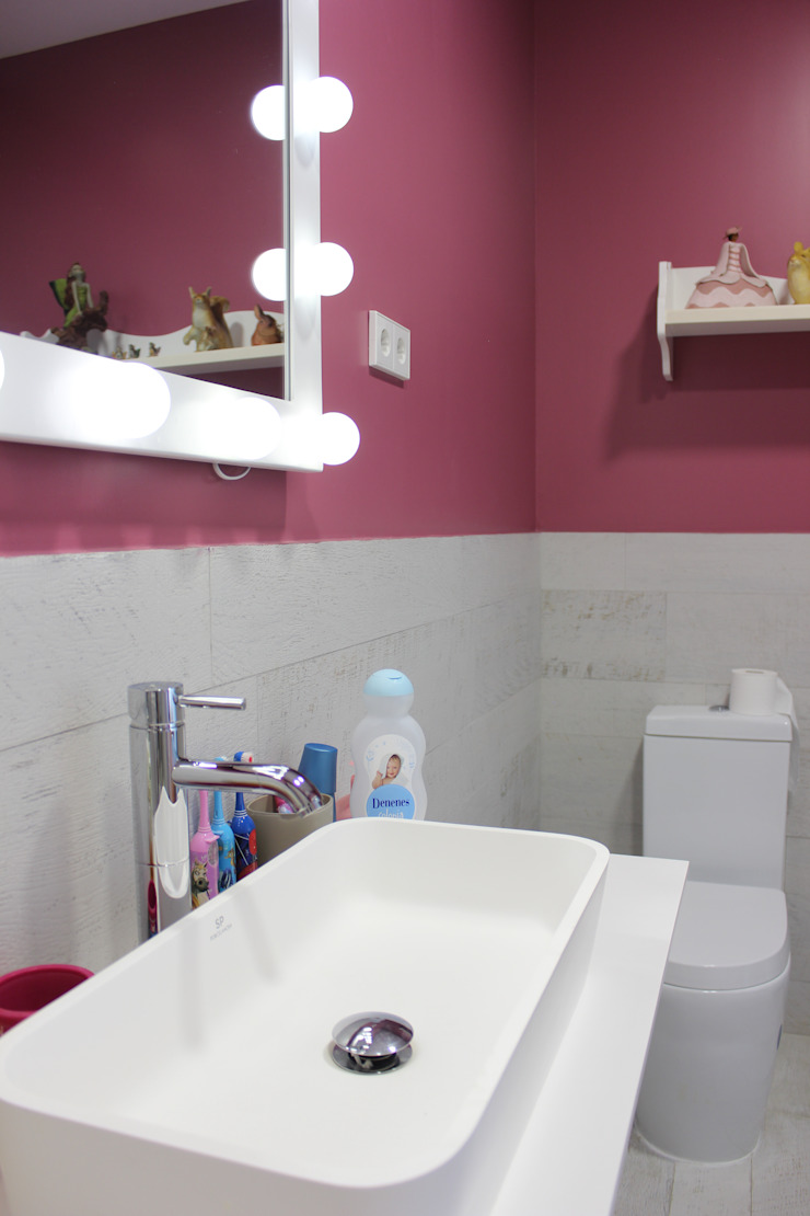 Baño dormitorio infantil de CASTSHINE Minimalista