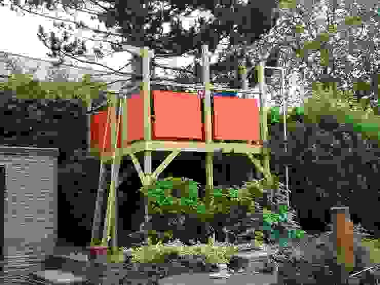 Tree house TreeSaurus Modern Garden