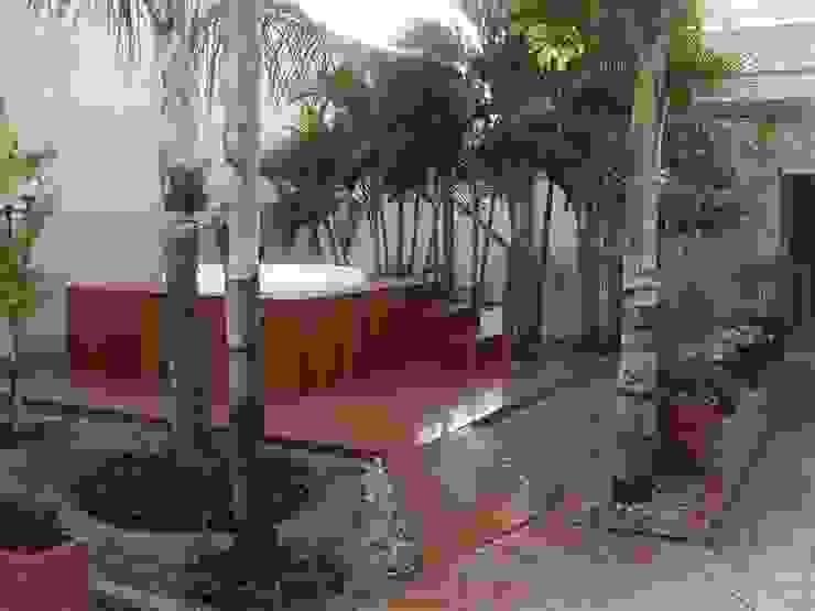 spa para dias quentes Jardins tropicais por valeria maia decoracoes e paisagismo Tropical