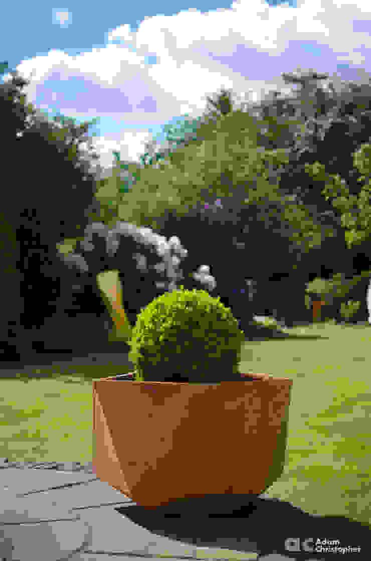 Femkant Planter In Rust Stained Concrete Adam Christopher Design Garden Plant pots & vases Concrete Orange