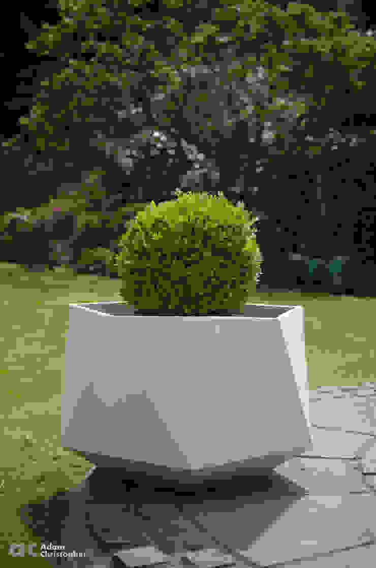 Femkant Planter In Warm Grey Concrete Adam Christopher Design Garden Plant pots & vases Concrete White