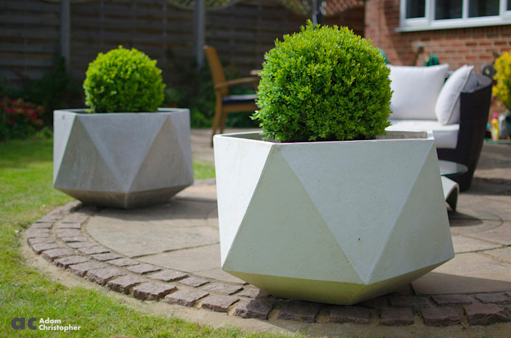 Femkant Outdoor Concrete Planter In White: scandinavian  by Adam Christopher Design, Scandinavian Concrete