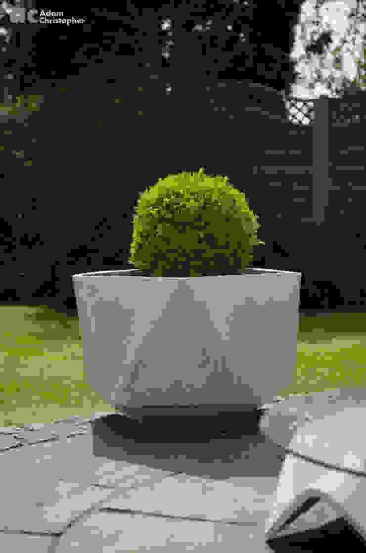 Femkant Planter In Warm Grey Concrete Adam Christopher Design Garden Plant pots & vases Concrete Grey