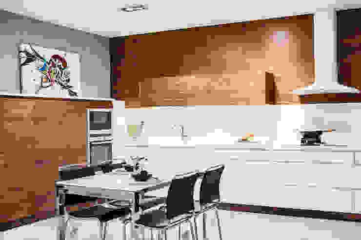 Cocina de Exposicion de Studio cocina Moderno