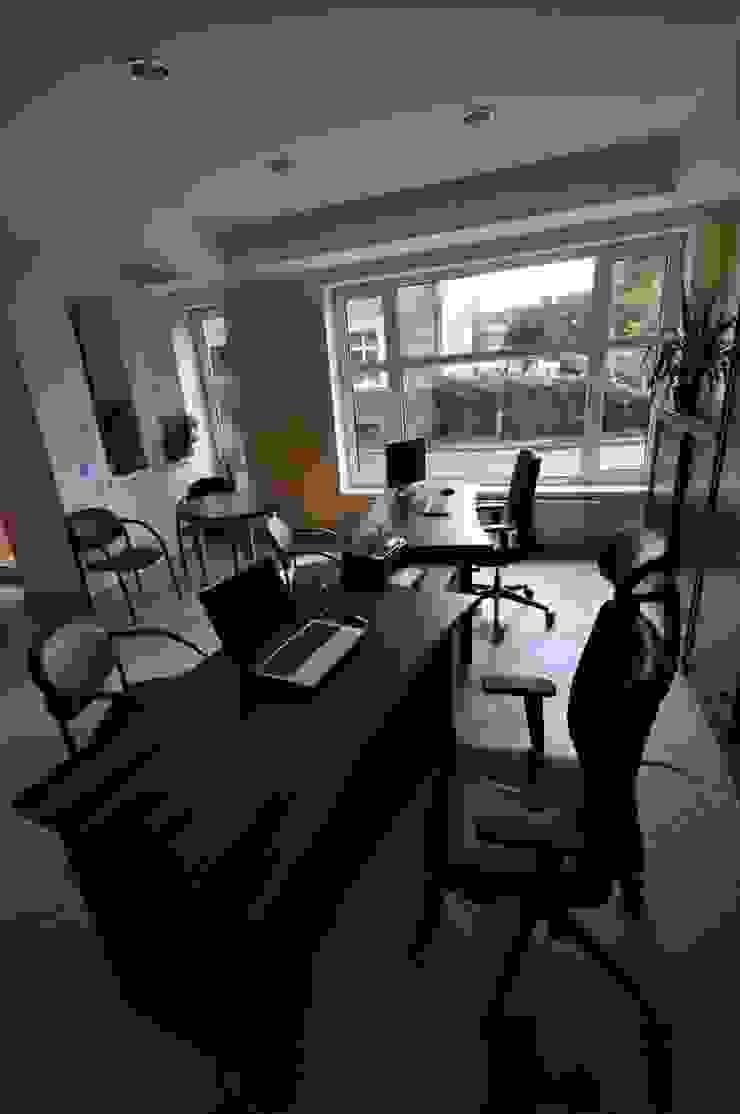 Meble biurowe do biura rachunkowego od FILMAR meble Nowoczesny