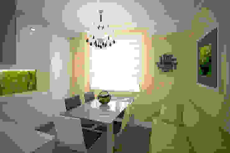 белая кухня с видом на лето Кухни в эклектичном стиле от Kasatkina interior design Эклектичный