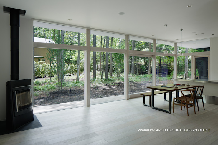 036軽井沢Kさんの家 モダンデザインの リビング の atelier137 ARCHITECTURAL DESIGN OFFICE モダン