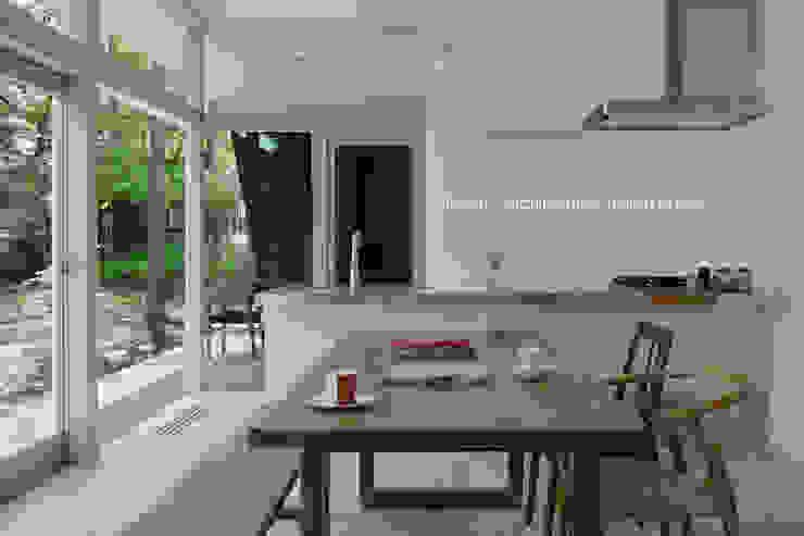 036軽井沢Kさんの家 モダンな キッチン の atelier137 ARCHITECTURAL DESIGN OFFICE モダン