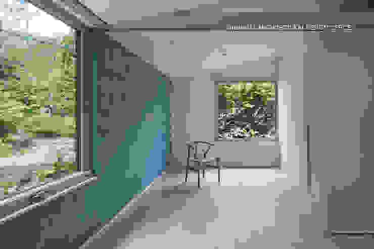 036軽井沢Kさんの家 モダンスタイルの寝室 の atelier137 ARCHITECTURAL DESIGN OFFICE モダン