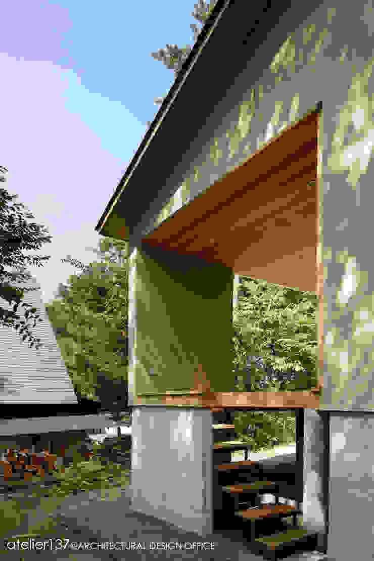 031軽井沢Tさんの家 モダンデザインの テラス の atelier137 ARCHITECTURAL DESIGN OFFICE モダン