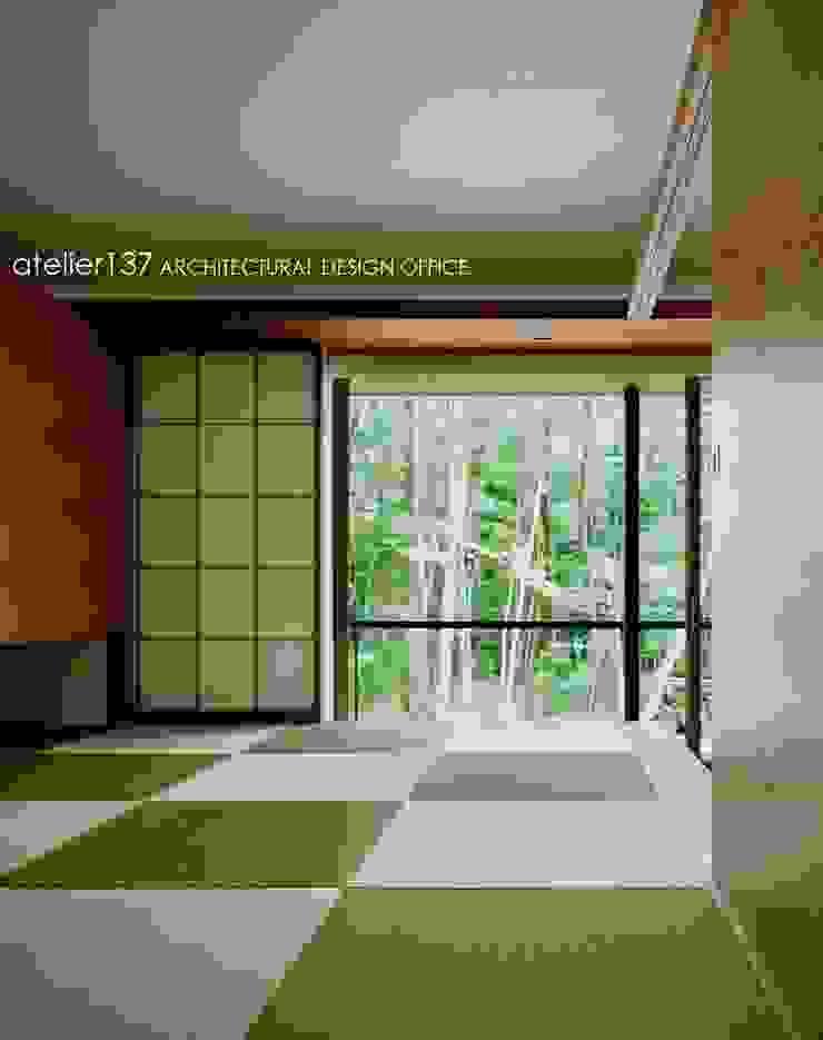和室~015軽井沢Tさんの家 クラシックデザインの 多目的室 の atelier137 ARCHITECTURAL DESIGN OFFICE クラシック