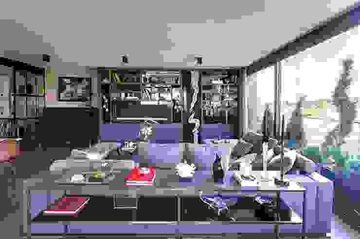 DVI RESIDENCE Modern Oturma Odası Esra Kazmirci Mimarlik Modern