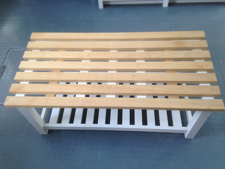 Bench for shoe storage van Broad and Turner Klassiek