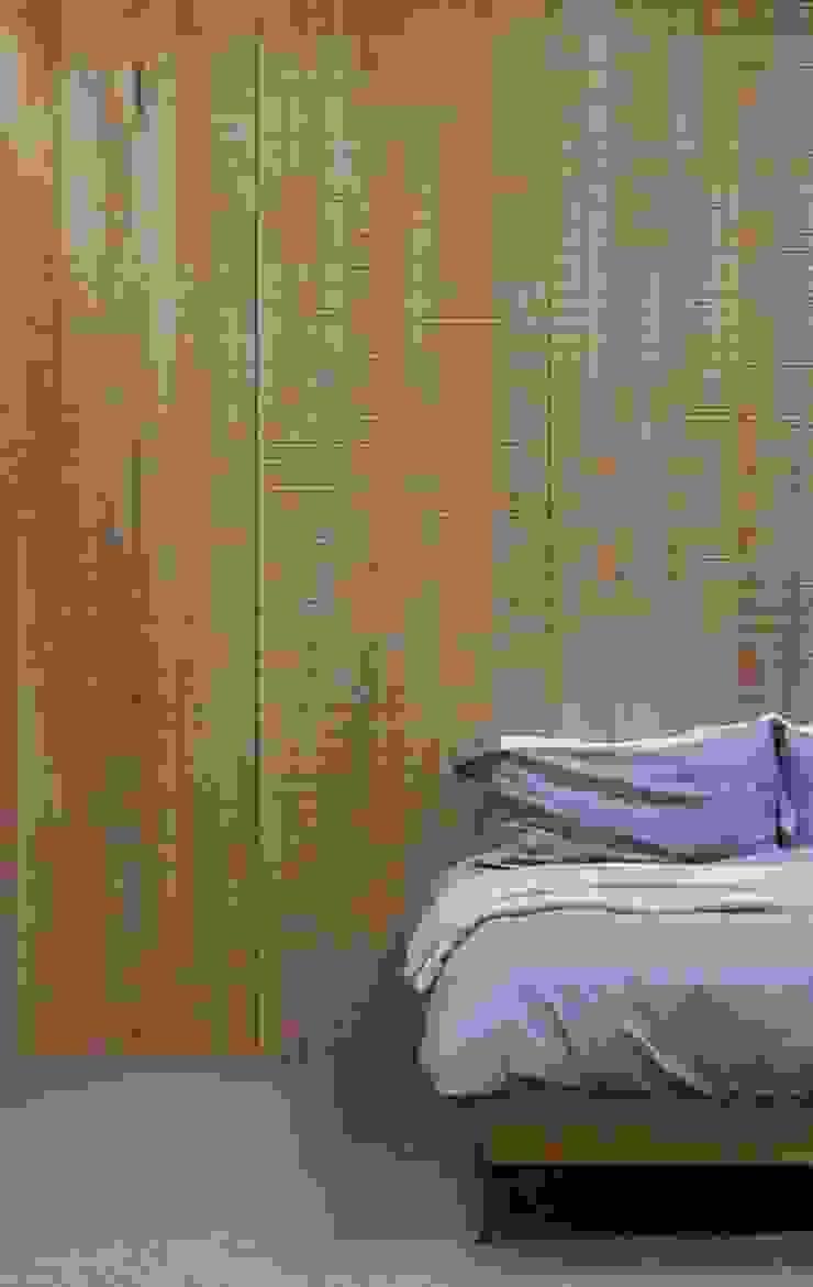 Bedroom muto Modern walls & floors