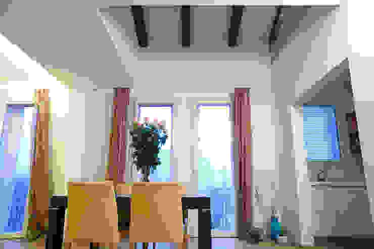 casa M Soggiorno moderno di Barbara D'Agaro architetto Moderno