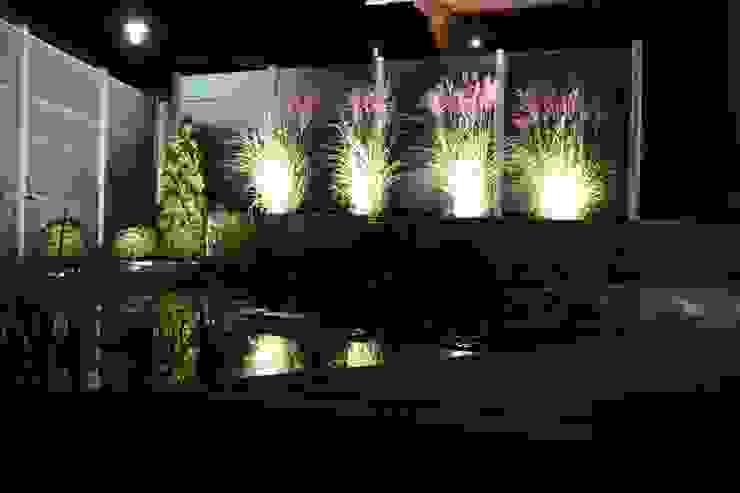 Glas mit Beleuchtung Moderner Garten von Collection Hutter AG Modern