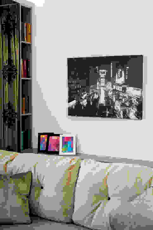 Полка Гостиные в эклектичном стиле от Дизайн-студия Екатерины Поповой Эклектичный