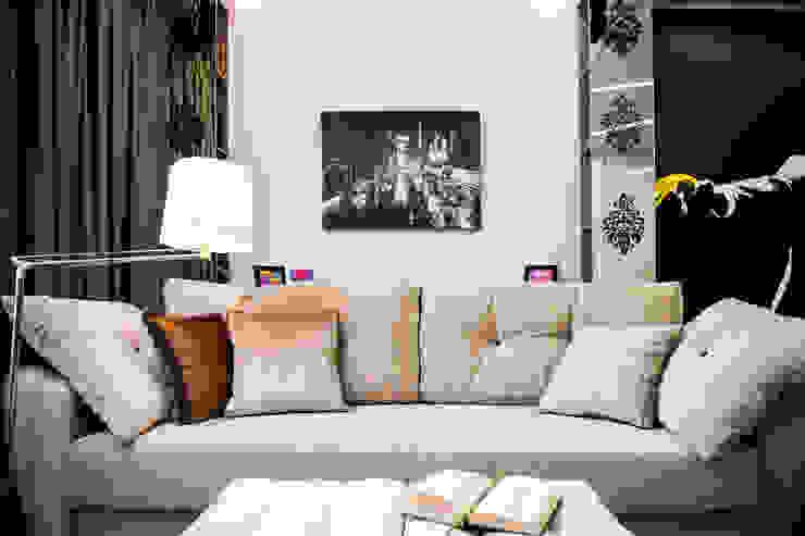 Наброски Голливуда Гостиные в эклектичном стиле от Дизайн-студия Екатерины Поповой Эклектичный