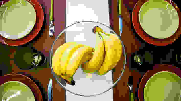 Dining room by Дизайн-студия Екатерины Поповой,