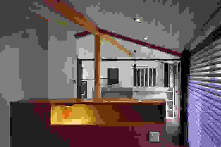 西谷の家 モダンスタイルの寝室 の TAMAI ATELIER モダン