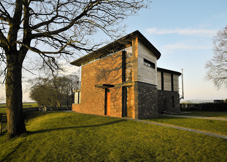 Carreg a Gwydr Modern houses by Hall + Bednarczyk Architects Modern