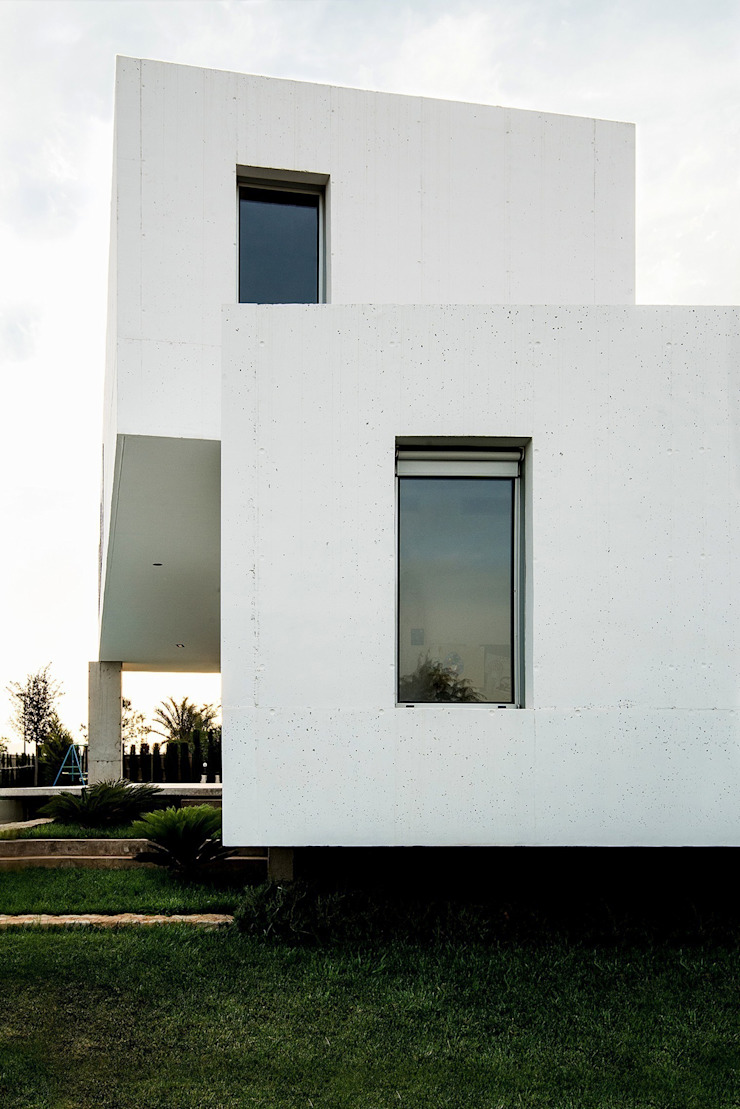 Modern houses by Ascoz Arquitectura Modern