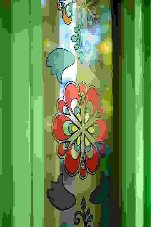 Витражная печать на стекле Дома в стиле кантри от Дизайн-студия Екатерины Поповой Кантри